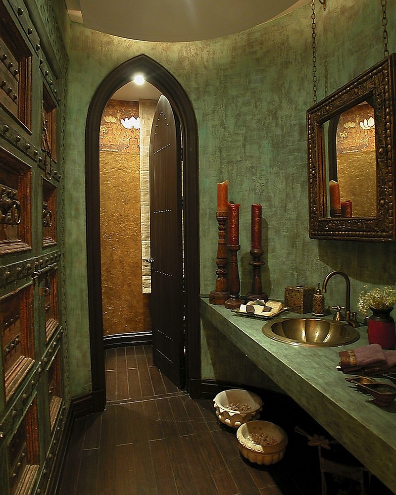 Walls-add-texture-and-color-to-the-Mediterranean-style-bathroom