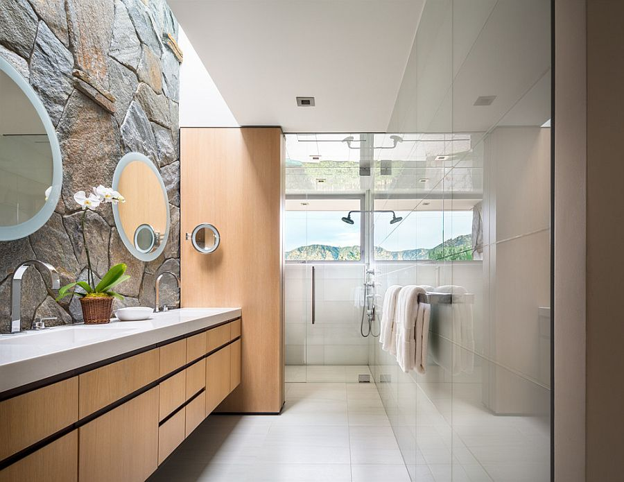 Contemporary-bathroom-combines-glass-tile-with-the-classic-stone-wall